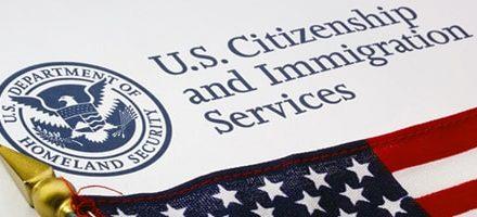 Cómo hacer seguimiento de tu caso de Inmigración