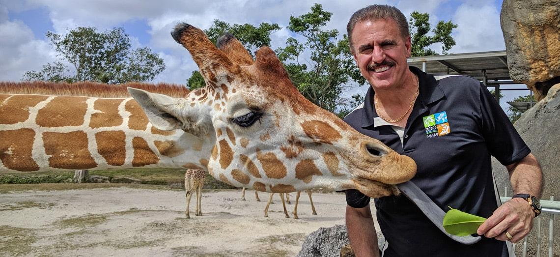 Conocemos a Ron Magill en su ambiente natural