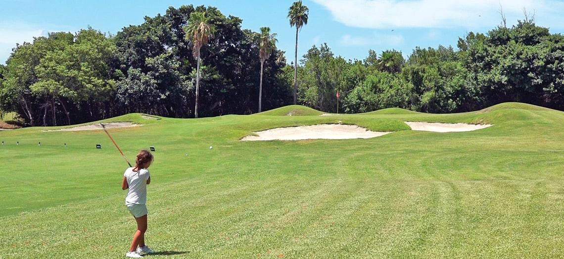 Cómo practicar o aprender a jugar al golf en Miami